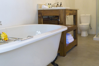 Capeblue Manor Bathroom